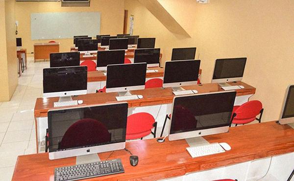 AMA School of Medicine - mac laboratory